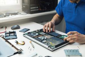 Услуги по ремонту компьютеров и ноутбуков